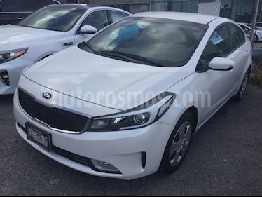 Kia Forte LX usado (2017) color Blanco precio $229,000