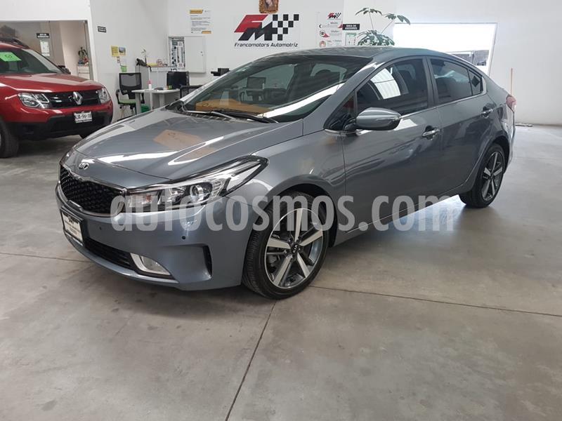 Kia Forte EX Aut usado (2018) color Gris precio $280,000