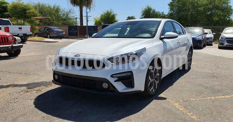 Kia Forte LX Aut usado (2020) color Blanco precio $269,900
