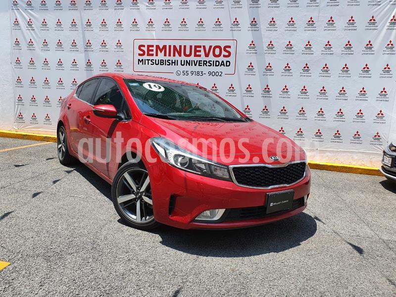 Kia Forte EX Aut usado (2018) color Rojo precio $265,000