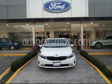 Kia Forte SX Aut usado (2018) color Blanco precio $255,000