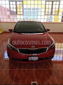 Kia Forte EX usado (2018) color Rojo Carmesin precio $200,500