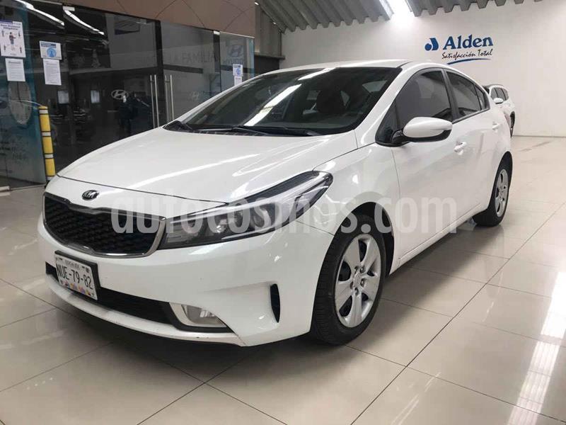 Kia Forte LX Aut usado (2017) color Blanco precio $172,000