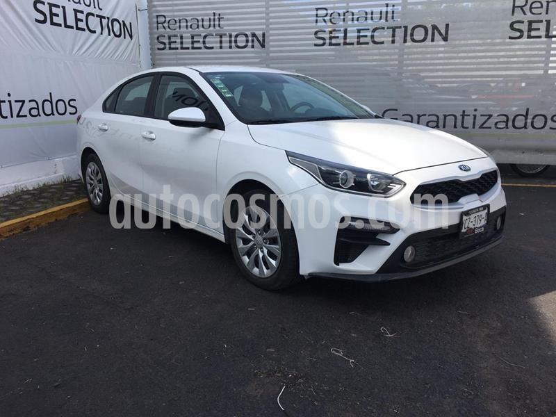 Kia Forte L usado (2019) color Blanco Perla precio $220,000