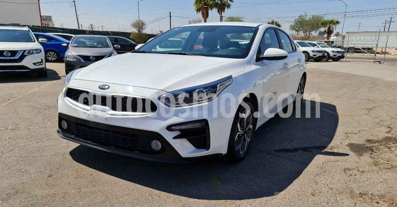 Kia Forte LX usado (2020) color Blanco precio $274,900