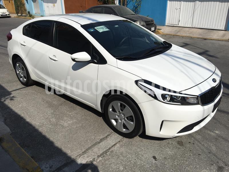 Kia Forte LX usado (2018) color Blanco Perla precio $190,000