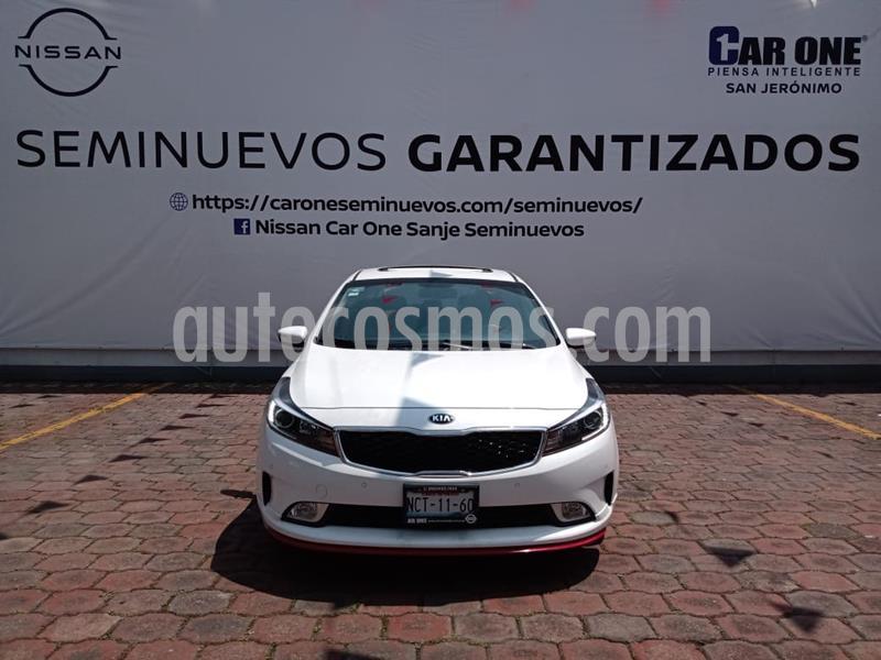 Kia Forte HB SX Aut usado (2018) color Blanco Perla precio $245,000
