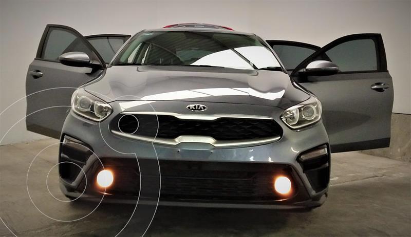 Kia Forte LX Aut usado (2020) color Gris Metalico precio $274,999