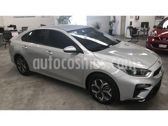 Kia Forte LX usado (2020) color Plata precio $274,000