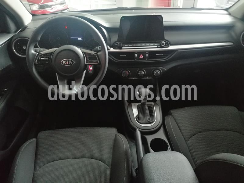 Kia Forte LX Aut usado (2019) color Rojo precio $269,900