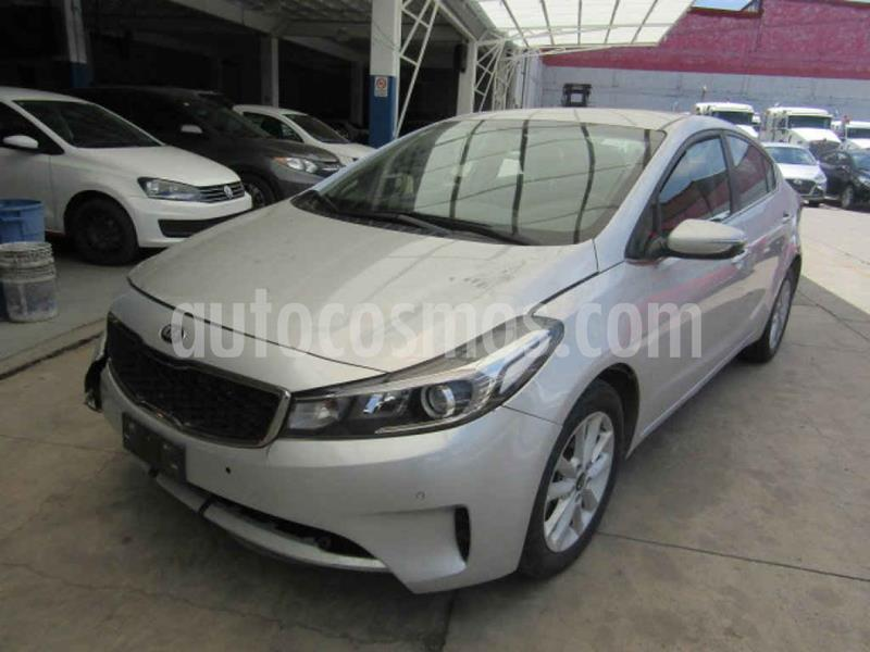 Kia Forte EX Aut usado (2018) color Plata precio $104,000