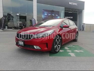 Kia Forte HB SX Aut usado (2017) color Rojo precio $238,000