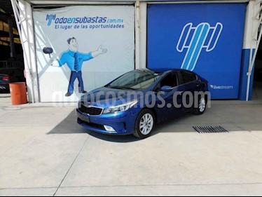 Kia Forte EX Aut usado (2018) color Azul precio $105,000