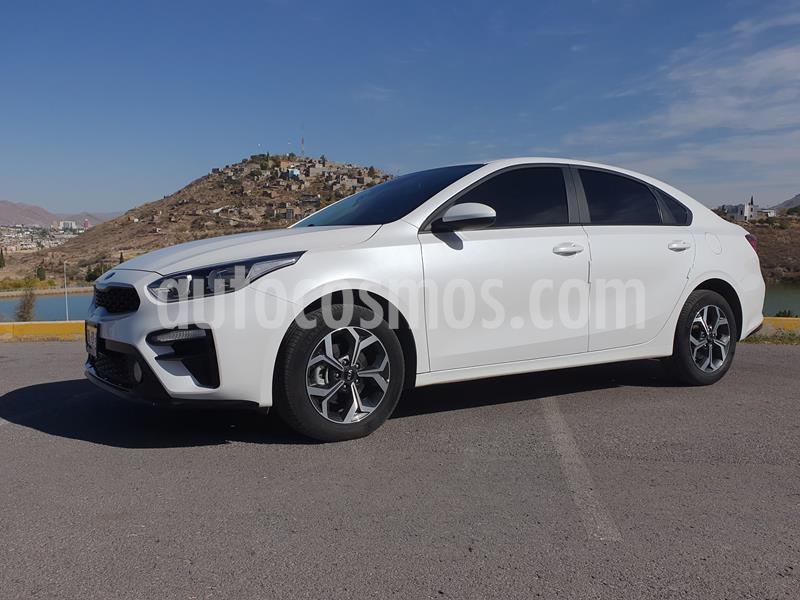 Kia Forte LX usado (2019) color Blanco precio $275,000