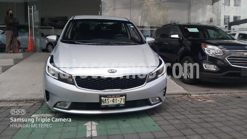 Kia Forte EX usado (2018) color Plata Dorado precio $238,000