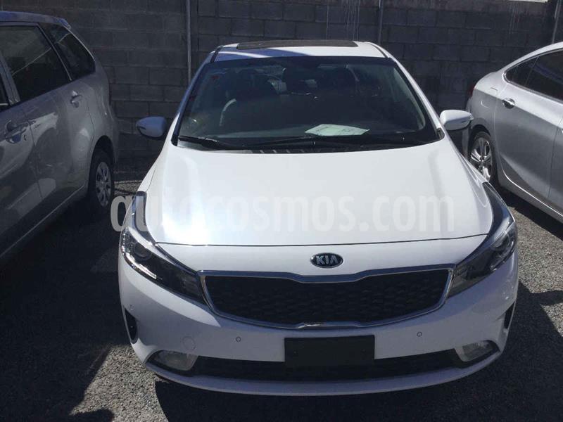 Kia Forte HB SX usado (2018) color Blanco precio $285,000