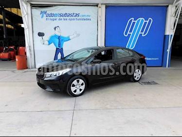 Kia Forte L Aut usado (2018) color Negro precio $88,000