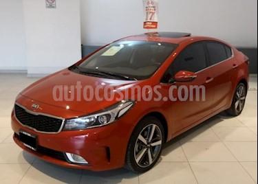 Kia Forte 4P SX L4/2.0 AUT usado (2017) color Rojo precio $255,000