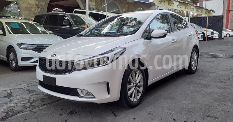 Kia Forte LX usado (2018) color Blanco precio $194,900