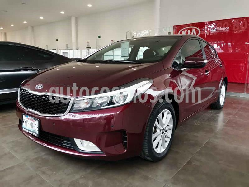 Kia Forte EX Aut usado (2017) color Rojo precio $209,000