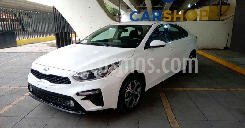 Kia Forte LX Aut usado (2020) color Blanco precio $284,900