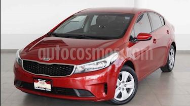 Kia Forte L usado (2017) color Rojo precio $199,000
