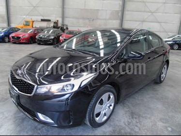 Kia Forte LX usado (2018) color Negro precio $158,000