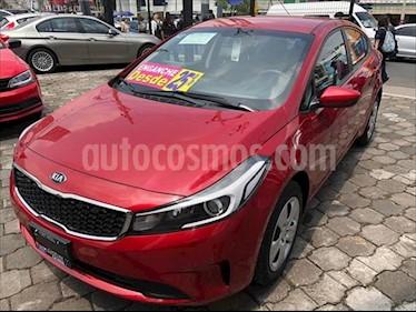 Foto Kia Forte L usado (2018) color Rojo precio $194,500