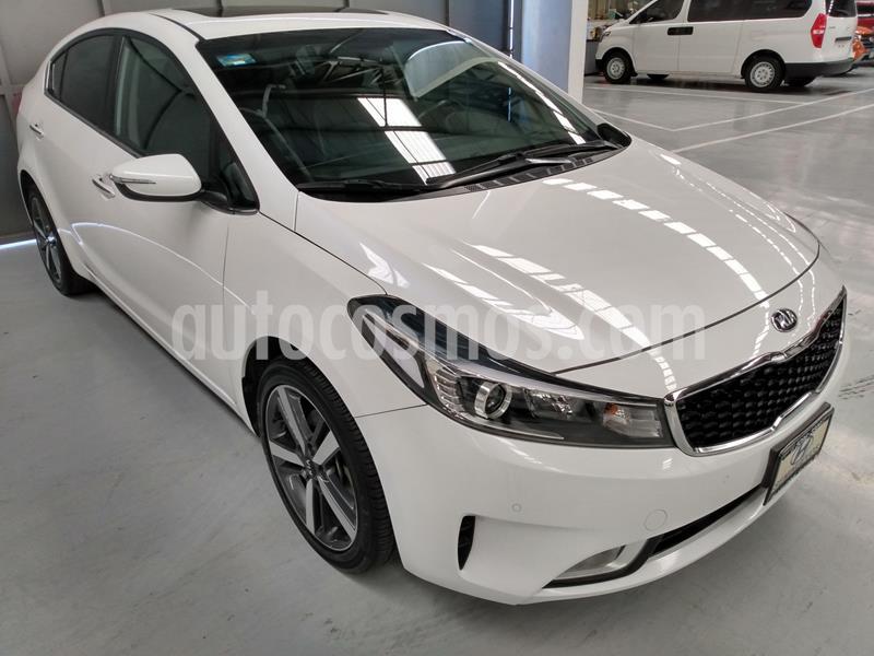 Kia Forte SX Aut usado (2018) color Blanco precio $269,900
