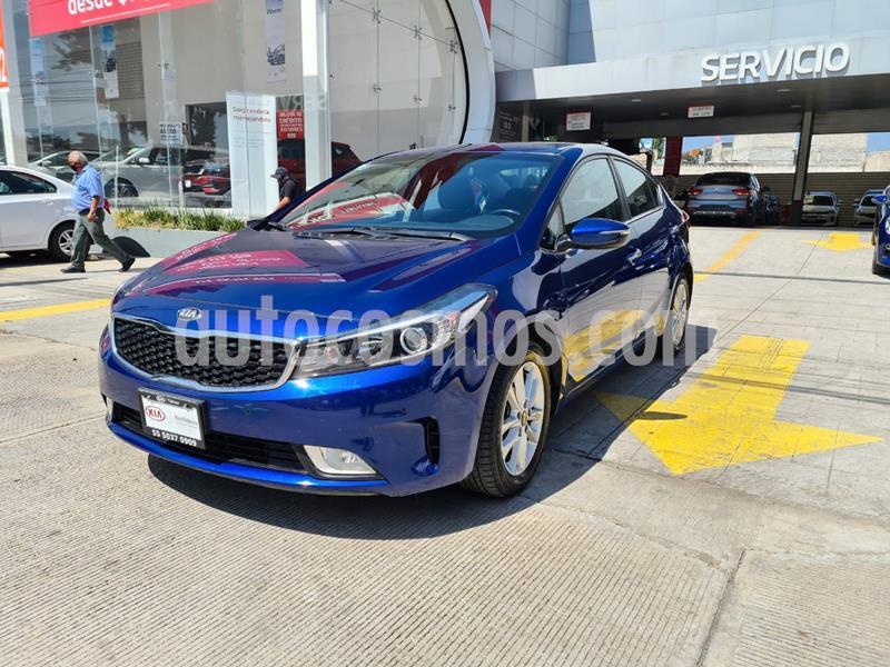 Kia Forte EX usado (2018) color Azul precio $245,000