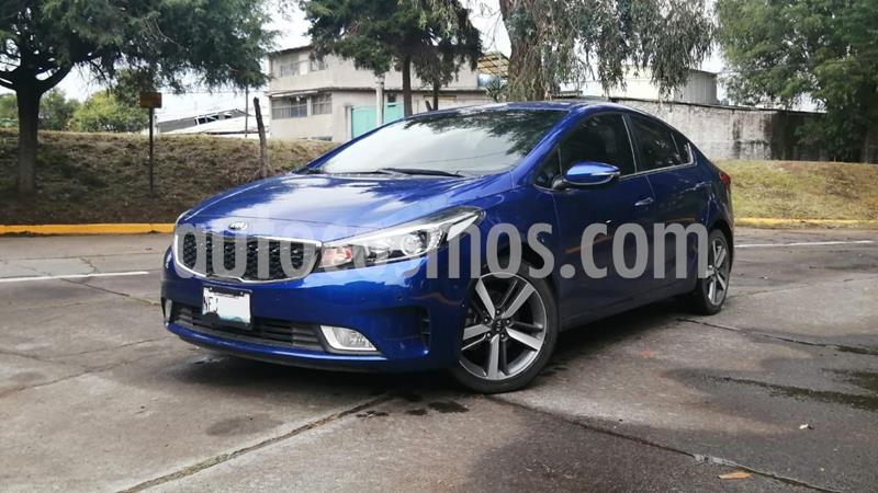 Kia Forte SX Aut usado (2017) color Azul precio $239,000