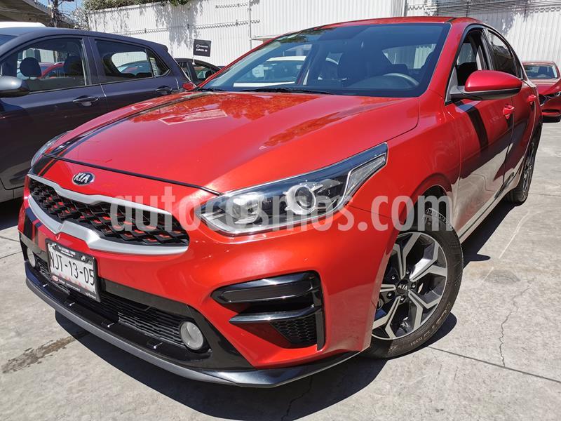Foto Kia Forte SX Aut usado (2019) color Rojo precio $275,000