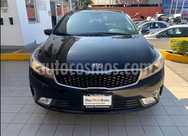 Kia Forte EX usado (2018) color Negro precio $224,900