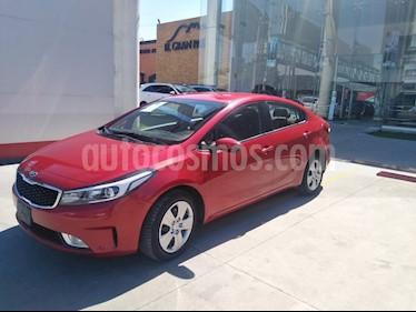 Kia Forte LX usado (2017) color Rojo precio $198,900