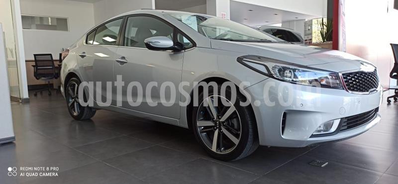 Kia Forte SX Aut usado (2018) color Plata Dorado precio $275,000