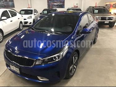 Kia Forte SX Aut usado (2018) color Azul Celeste precio $275,000