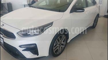 Kia Forte HB GT usado (2019) color Blanco precio $417,900