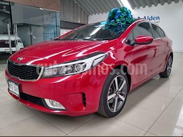 Kia Forte LX Aut usado (2017) color Rojo precio $219,000