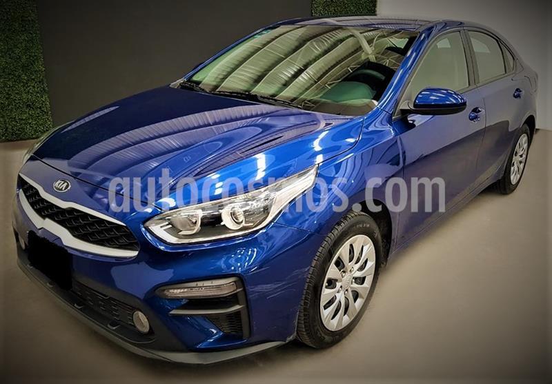 Kia Forte L usado (2019) color Azul precio $214,999