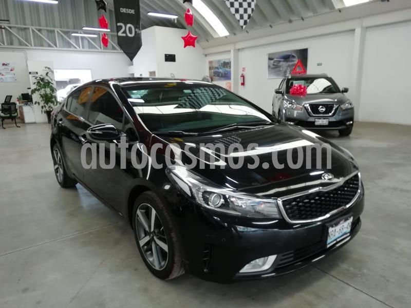Kia Forte SX Aut usado (2017) color Negro precio $229,000