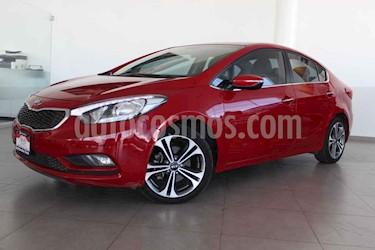 Kia Forte SX Aut usado (2016) color Rojo precio $239,000