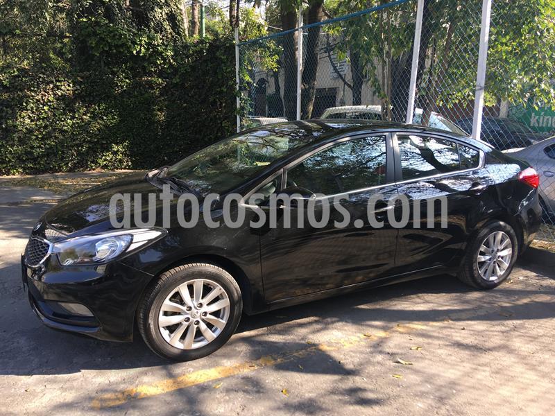 Kia Forte EX Aut usado (2016) color Negro precio $165,000