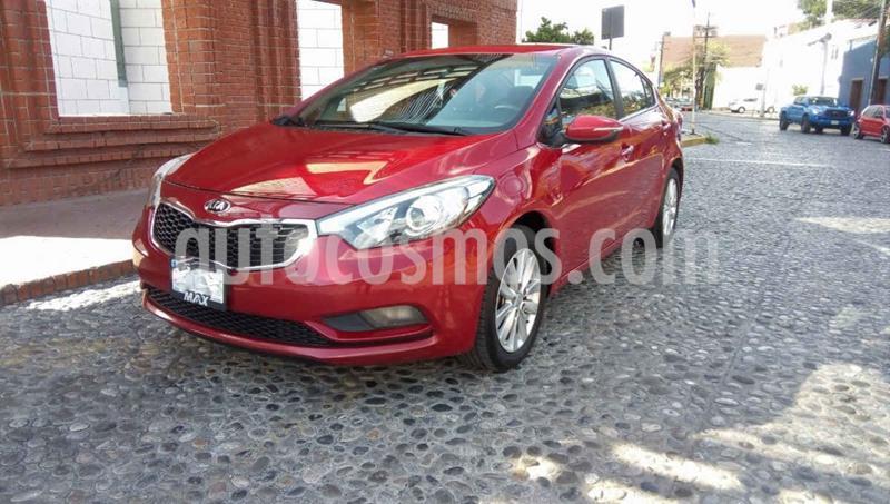 Kia Forte EX Aut usado (2016) color Rojo precio $178,000