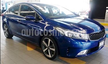 Foto venta Auto usado Kia Forte SX Aut (2017) color Azul precio $240,000