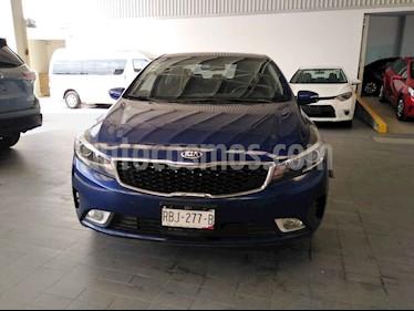 Foto venta Auto usado Kia Forte SX Aut (2018) color Azul precio $295,000