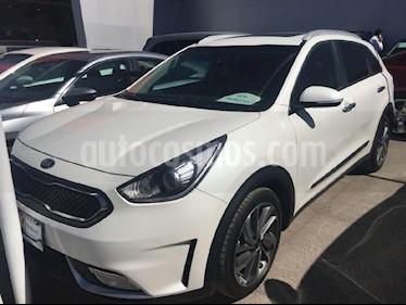 Foto venta Auto Seminuevo Kia Niro 1.6L GDI EX (2017) color Blanco precio $429,000