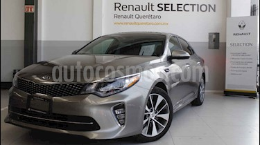 Kia Optima 2.0L Turbo GDI SXL usado (2018) color Blanco precio $380,000