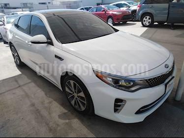 Foto venta Auto usado Kia Optima 2.0L Turbo GDI SXL (2017) color Blanco precio $359,000