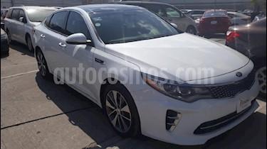 Foto venta Auto usado Kia Optima 2.0L Turbo GDI SXL (2017) color Blanco precio $379,000