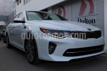 Foto venta Auto Seminuevo Kia Optima 2.0L Turbo GDI SXL (2018) color Blanco precio $455,000